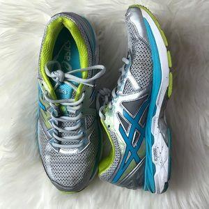 ASICS GT-2000 shoes size 9